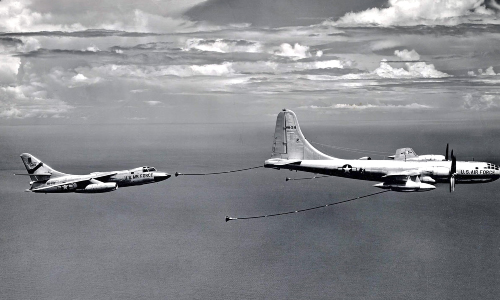 KB-50_from_Eglin_Operational_Test_Center_refuels_RB-66