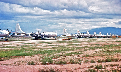 Row_of_KB-50_at_D-M_1963